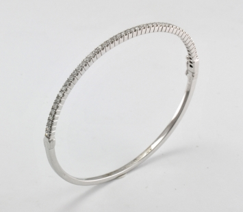 White Diamond Bangle 18kt white gold