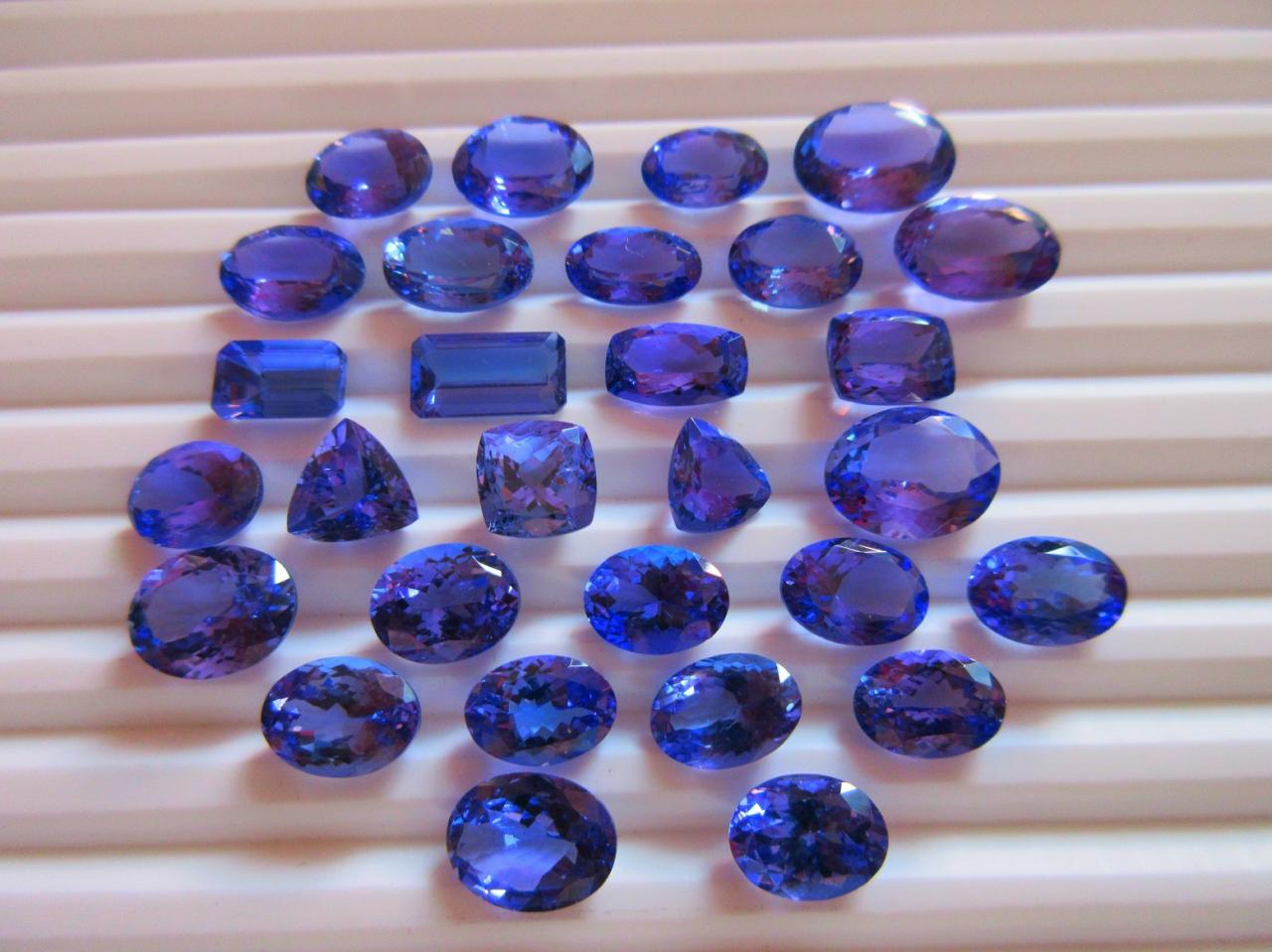Indian natural fancy color diamond jewellery manufacturer of tanzanite gemstones nvjuhfo Choice Image