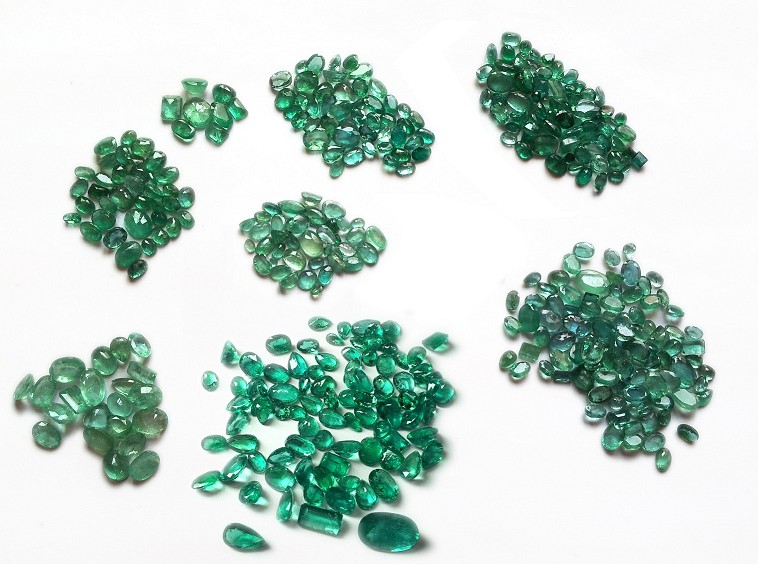Mix lot of Emerald Gemstones